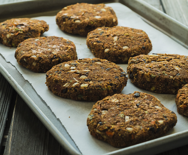 VEGGIE BURGERS: Baked veggie burgers, ready to eat or freeze!