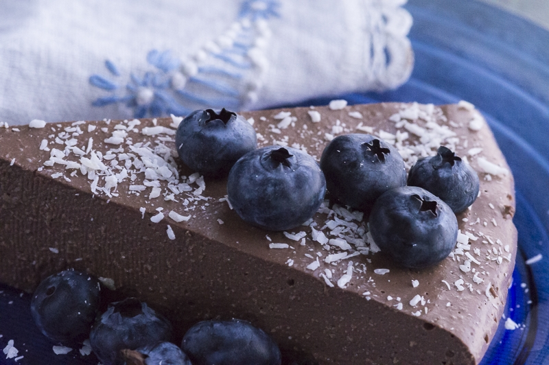 CHOCOLATE CREAM PIE TOPPED with BLUEBERRIES