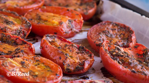 Roasting Plum Tomatoes Plant-Based